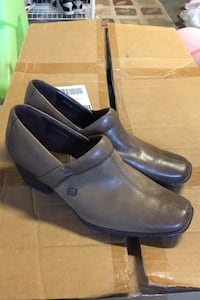 Womens Born shoes 9.5