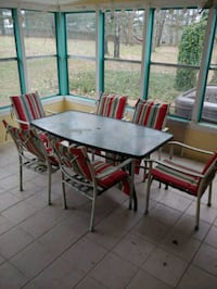 Table with 6 chairs Arrington, 37014