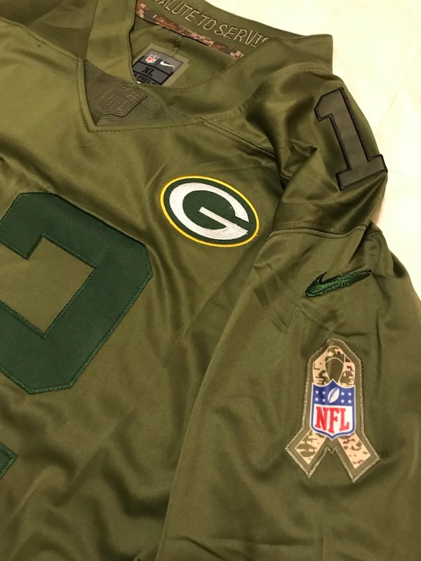 separation shoes cecb6 b66d0 2017 Aaron Rodgers Salute to Service jersey XL
