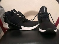 pair of black-and-white reeboks basketball shoes Fort Lauderdale, 33311