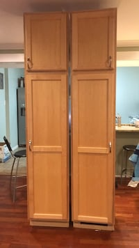 brown wooden 2-door cabinet Springfield, 22152