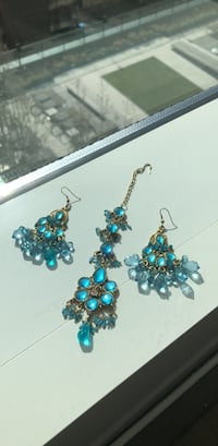 Turquoise earrings and hair piece Houston, 77002