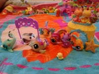 Lps 3 whales, 3 fish, 1 seahorse & 2 crabs Brooklyn, 11226