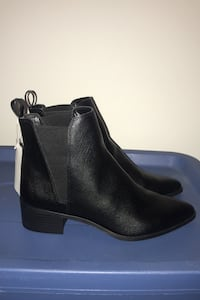 H&M Chelsea Booties Size 8.5 (40) Brand New Vancouver, V5P 1T5