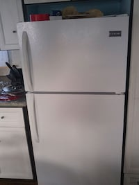 Frigidaire like knew in good working order call 61 Quinte West, K8V 5P5