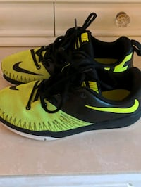 Nike shoes size 5 Youth Gaithersburg, 20886