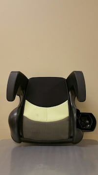 TWO (2) CHILD VEHICLE BOOSTER SEATS (Price is for both seats bought together.) Arlington, 22204