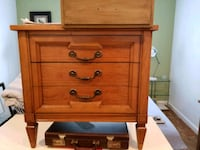brown wooden 3-drawer chest Moreno Valley, 92557