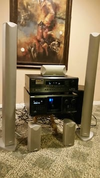 onkyo receiver 300 Sony disc changer Advent speake