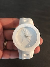 Authentic Converse Watch Laval, H7X 0B2