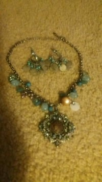 Necklace with matching earrings Pikesville, 21208