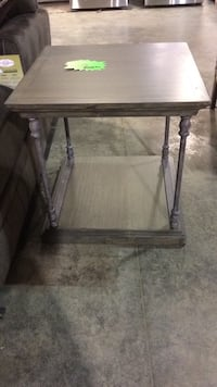 End Table Pineville, 28134