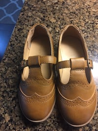 pair of brown leather shoes Brampton, L6W 1C1
