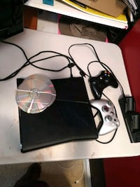 black Xbox 360 with two controllers Montclair, 22025