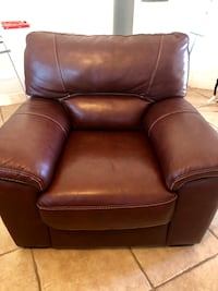 Brown leather  chair $225 OBO North Port, 34286
