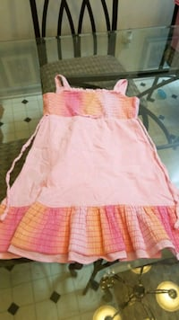 Size 5 dress Redford Charter Township, 48239