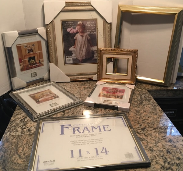 Used Collection Of New Frames From 3 X 4 11 X 14 Frames One 11 X