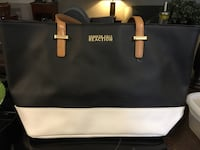 Black and white Kenneth Cole purse St Catharines, L2M 1J5