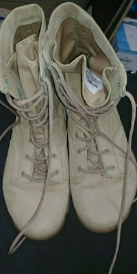 Tan army boots Clarksville, 37042