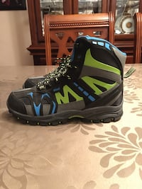 New Nival boots Ricky jr for kids size 6 up to -30 Montréal, H1R 2B6
