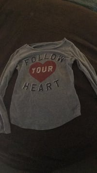 gray and white Hollister sweater Windham, 03087