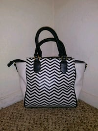 black and white tote bag 2348 mi