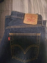 Brand new 501 levi red tag