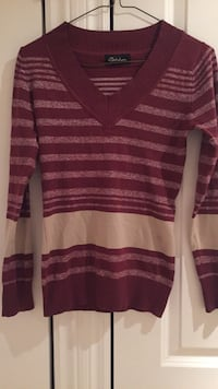 red and white striped v-neck sweater Montréal, H1C 1T9