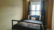 Queen size metal bed frame with rails/hardware
