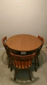 brown wooden framed brown wooden top table Greenville, 27834