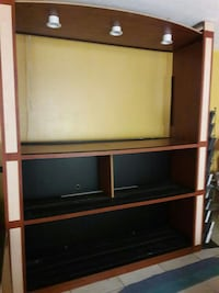 Great Wall Unit with a lot of space
