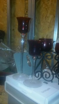 Set of 2 red&clear glass tea light candle holders Puyallup, 98375