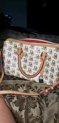DOONEY BOURKE PURSE Bakersfield, 93312