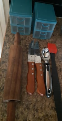 Kitchen stuff mix ( pick up in Airdrie)