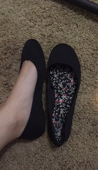 pair of black floral flats Lubbock, 79403