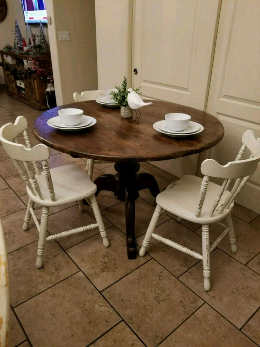 used farmhouse pedestal table with 3 antique chairs for sale in rh us letgo com