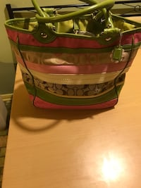 COACH AUTHENTIC PINK GREEN AND IVORY WITH COACH LOGO. LARGE LIKE NEW CONDITION CLEAN INSIDE AND OUTSIDE. Norfolk