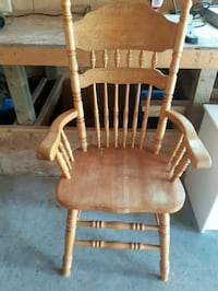 Wooden chair Cobourg, K9A 2X4
