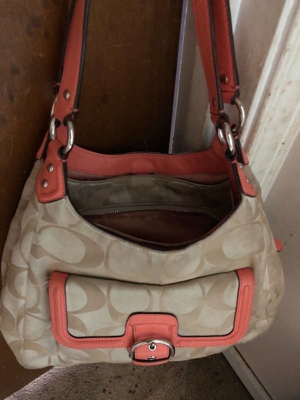 6ae2fa0587b5 Used white and brown leather hobo bag for sale in Woodstock - letgo