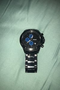 Watch (Fossil) bought for 180$ selling for 87.50$ price is negotiable