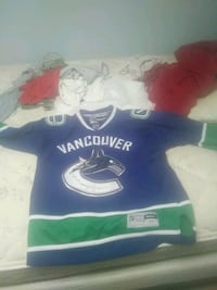 Two Vancouver canuck jerseys Maple Ridge, V2X 7P7