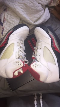 pair of white Air Jordan 5's with box New York, 10306