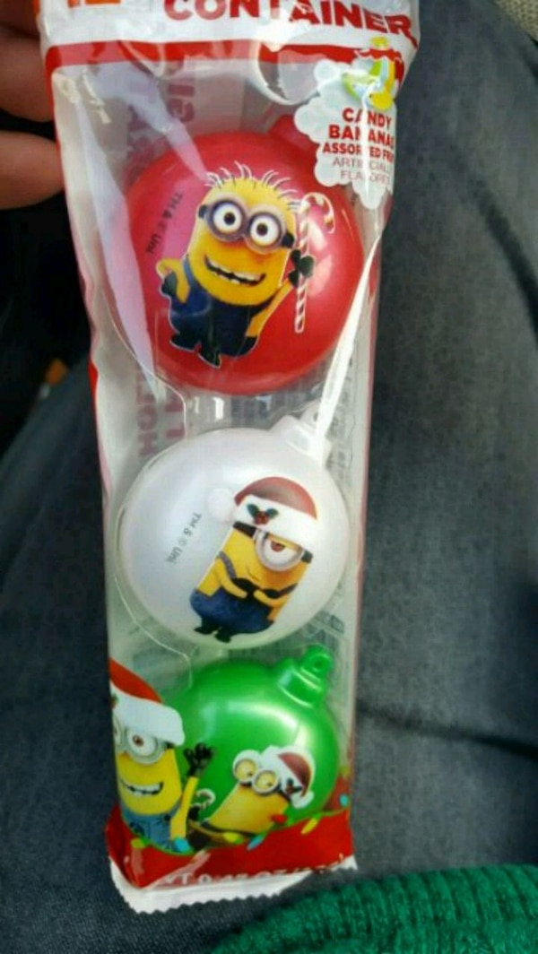 Minions Christmas.New 3 Pc Candyfilled Minions Christmas Ornaments