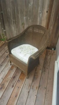 brown wicker patio chair Eugene