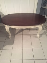 Oval brown wooden coffee table Vaughan, L4J 1L5