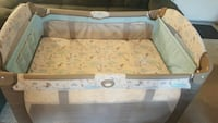 baby's white and gray travel cot Fairfax, 22031