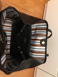 Black Large Guess Tote Bag with smaller bag included! Montréal, H1S 2E2
