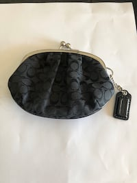 Coach Like New Black CC Coin Purse Puslinch, N1H