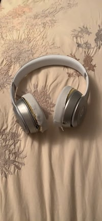 Beats solo 2 wireless  780 km