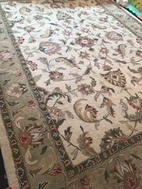 Wool carpet 9x12 feet Rockville